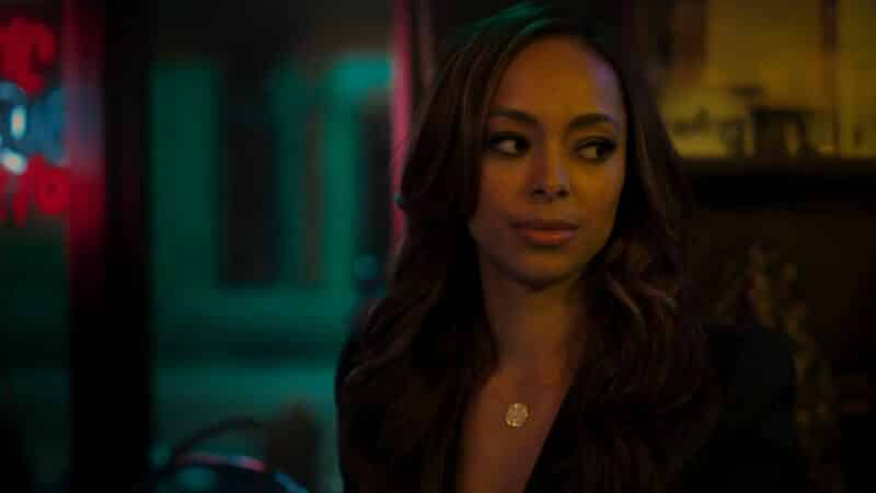 Whitney (Amber Stevens West) with the sideeye