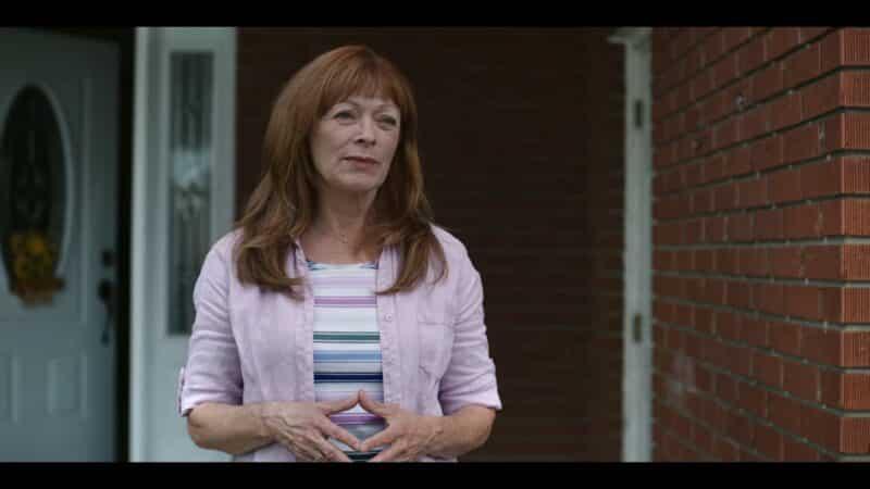 Doris (Frances Fisher) judging Jill
