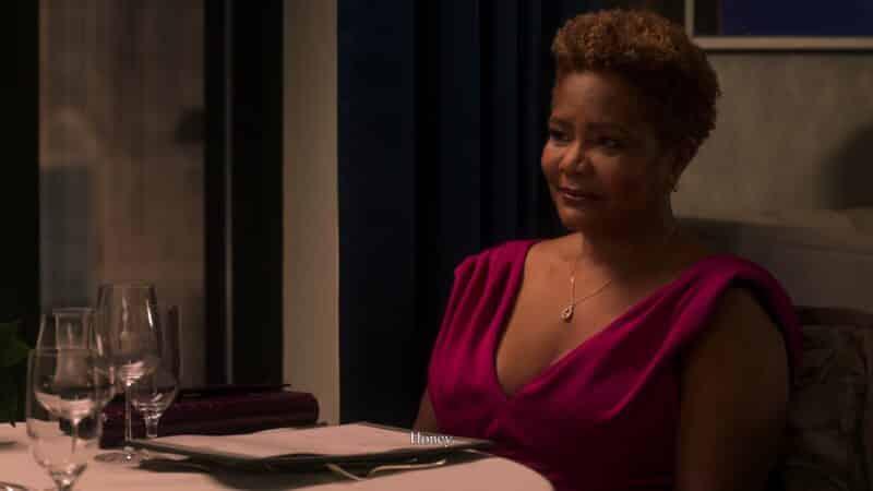 Gwynn (Tonya Pinkins) having dinner with Whitney
