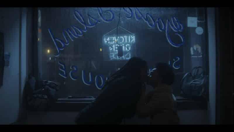 Jake and Jemma kissing