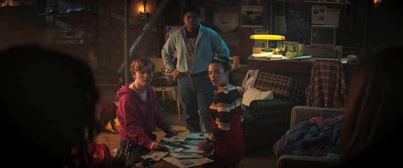 Simon (Fred Hechinger), Josh (Benjamin Flores Jr.), and Kate (Julia Rehwald) making plans