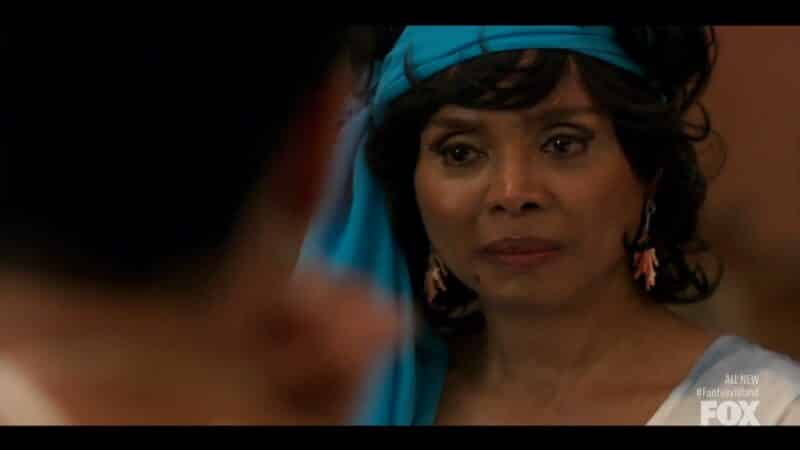 Eileen Mitchell (Debbi Morgan) dealing with her invisibility