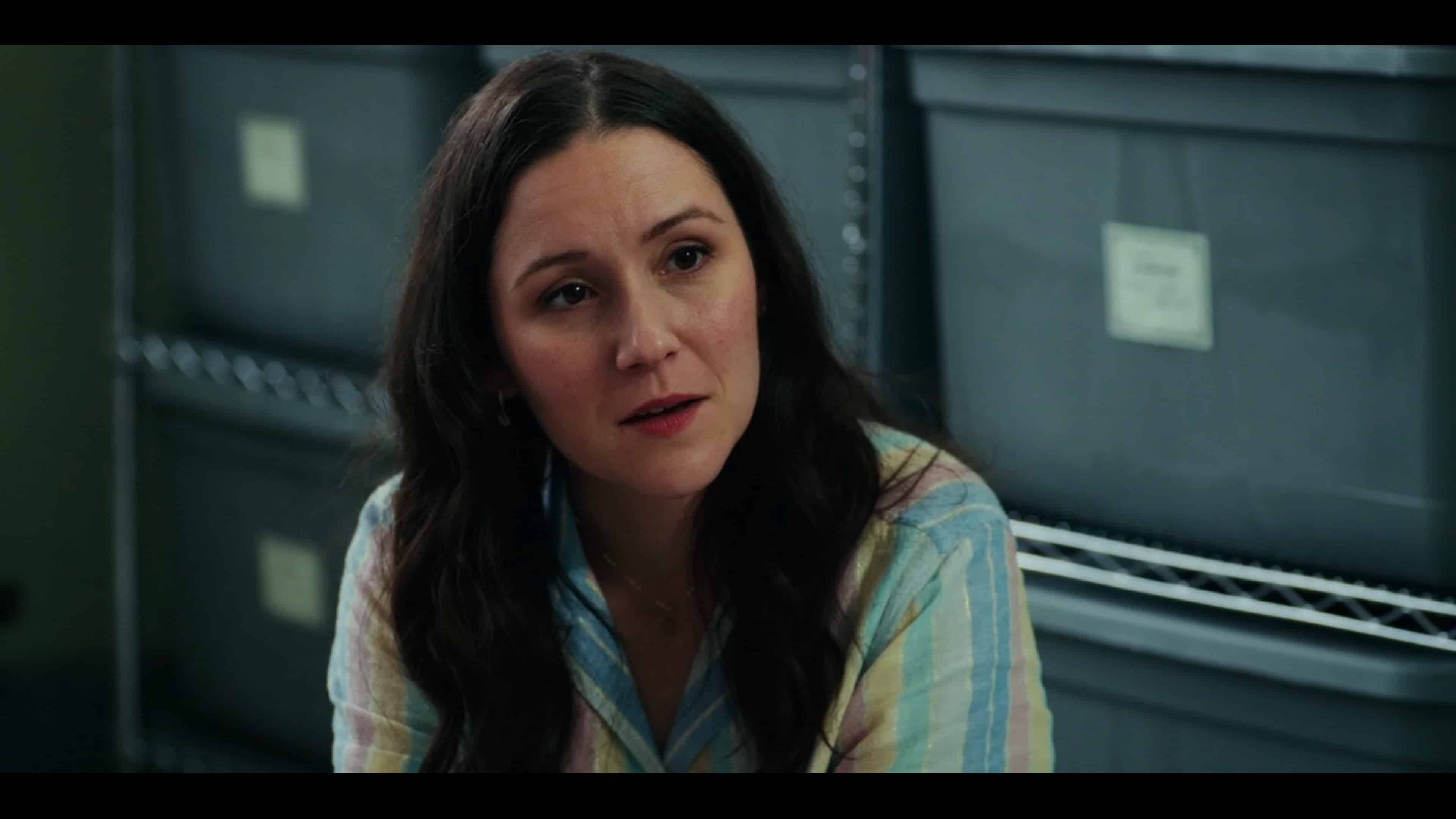 Elizabeth (Shannon Woodward) going back and forth with her brother