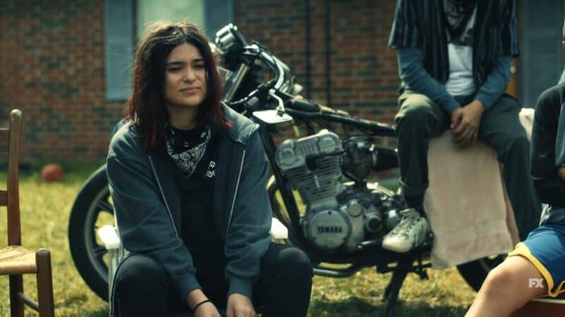 Elora (Devery Jacobs) sellign stolen chips
