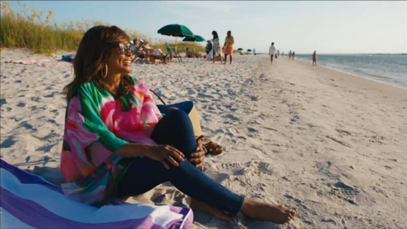 Aunt Patricia (Debbi Morgan) on the beach