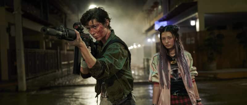"Mary Elizabeth Winstead (""Kate"") & Miku Martineau (""Ani"") on the streets of Tokyo"