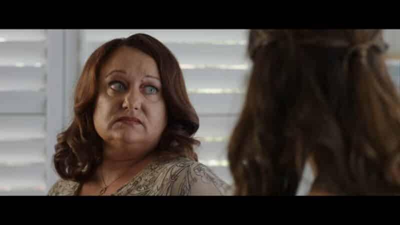 Val (Robyn Scott) talking to Cassie